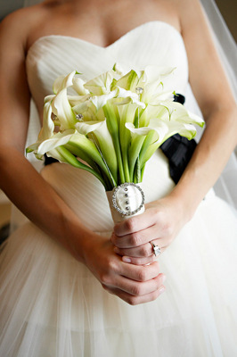 Flowers & Decor, Real Weddings, Wedding Style, white, Bride Bouquets, West Coast Real Weddings, Classic Real Weddings, Classic Weddings, West Coast Weddings