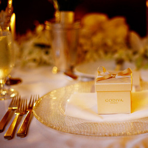 Favors & Gifts, Real Weddings, Wedding Style, gold, Edible Wedding Favors, West Coast Real Weddings, Classic Real Weddings, Classic Weddings, Table settings, Guest gifts