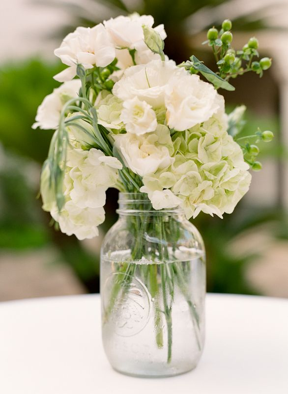 Flowers & Decor, Real Weddings, Wedding Style, ivory, green, Centerpieces, Southern Real Weddings, Classic Real Weddings, Summer Real Weddings, Classic Weddings, Classic Wedding Flowers & Decor, Spring Wedding Flowers & Decor, Summer Wedding Flowers & Decor
