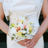 Flowers & Decor, Real Weddings, Wedding Style, Bride Bouquets, Spring Weddings, West Coast Real Weddings, Garden Real Weddings, Spring Real Weddings, Garden Weddings, Spring Wedding Flowers & Decor