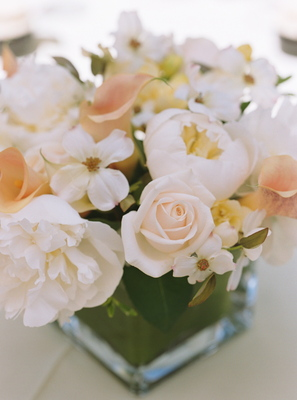 Flowers & Decor, Real Weddings, Wedding Style, Centerpieces, Spring Weddings, West Coast Real Weddings, Garden Real Weddings, Spring Real Weddings, Garden Weddings, Spring Wedding Flowers & Decor