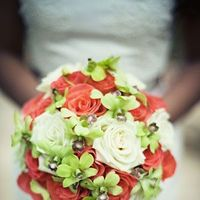 Real Weddings, white, red, green, Bride Bouquets, Beach Real Weddings, Summer Weddings, Summer Real Weddings, Beach Weddings