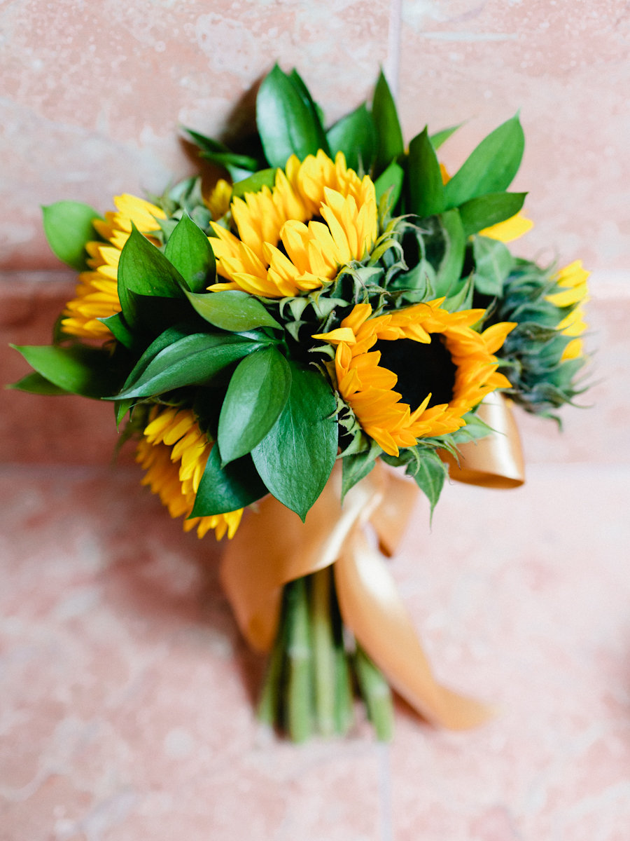 Flowers & Decor, Real Weddings, Wedding Style, yellow, Bride Bouquets, Southern Real Weddings, Summer Weddings, Summer Real Weddings, Summer Wedding Flowers & Decor, Sunflowers
