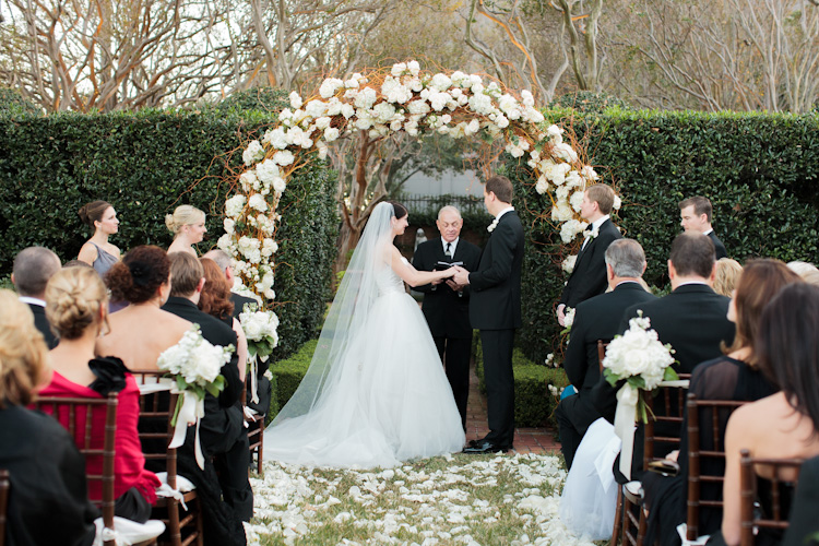 Flowers & Decor, Real Weddings, Wedding Style, Ceremony Flowers, Fall Weddings, Southern Real Weddings, Classic Real Weddings, Fall Real Weddings, Classic Weddings, Garden Weddings, Classic Wedding Flowers & Decor, Arch, Southern weddings