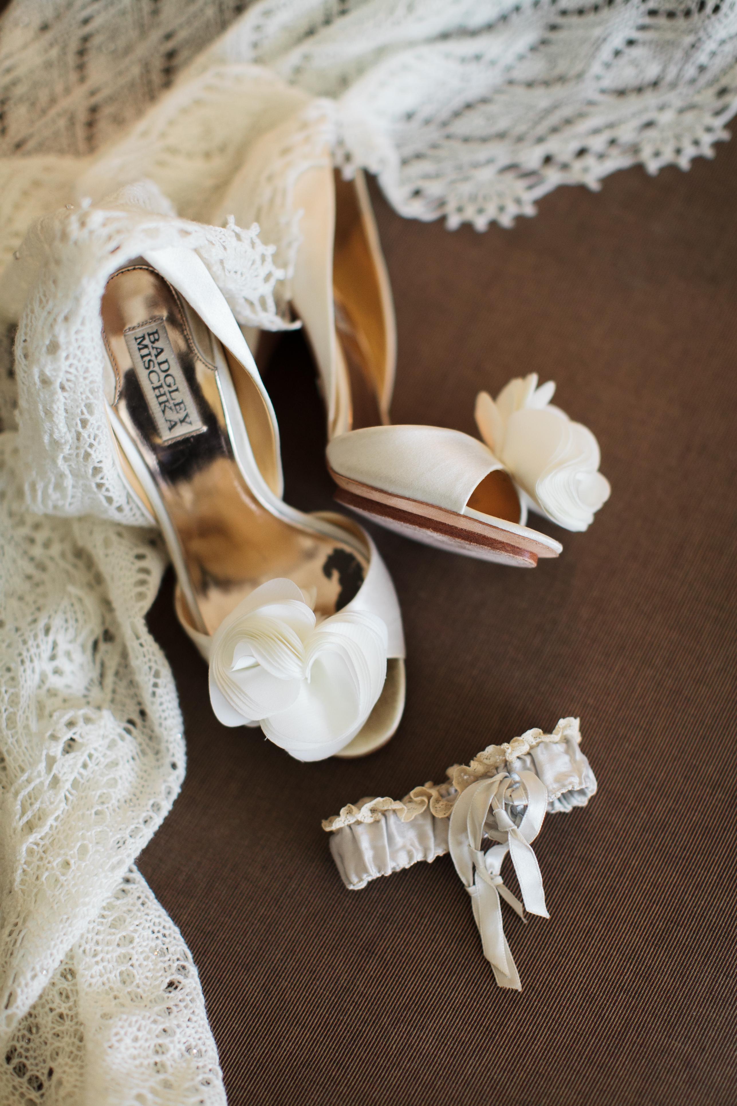 Fashion, Real Weddings, Wedding Style, Accessories, Fall Weddings, Southern Real Weddings, Classic Real Weddings, Fall Real Weddings, Classic Weddings, Garden Weddings, Garter, Heels, Southern weddings, Bride Shoes