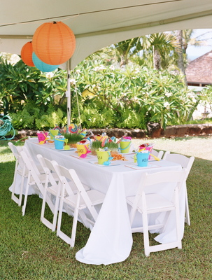 Flowers & Decor, Destinations, Real Weddings, Wedding Style, Hawaii, Tables & Seating, Beach Real Weddings, Summer Weddings, Summer Real Weddings, Beach Weddings, Summer Wedding Flowers & Decor, Kids