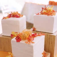 Cakes, Destinations, Real Weddings, Wedding Style, orange, Hawaii, Beach Wedding Cakes, Square Wedding Cakes, Wedding Cakes, Beach Real Weddings, Summer Weddings, Summer Real Weddings, Beach Weddings