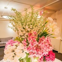 Flowers & Decor, Real Weddings, Wedding Style, white, pink, Centerpieces, Candles, Northeast Real Weddings, City Real Weddings, Classic Real Weddings, Classic Weddings, Classic Wedding Flowers & Decor, Spring Wedding Flowers & Decor