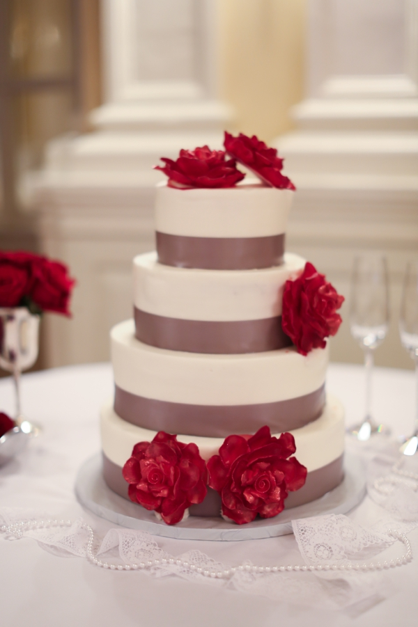 Cakes, Real Weddings, Wedding Style, red, Classic Wedding Cakes, Round Wedding Cakes, Wedding Cakes, Fall Weddings, Northeast Real Weddings, Classic Real Weddings, Fall Real Weddings, Classic Weddings, Crimson