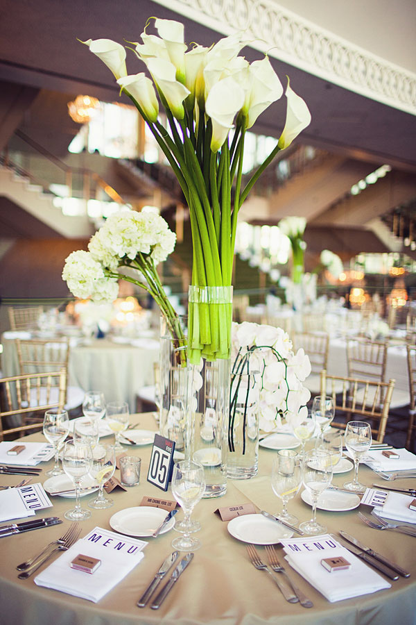 Dramatic modern centerpieces filled with fresh white calla for Modern table centerpiece ideas