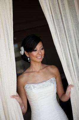 Beauty, Real Weddings, Wedding Style, Makeup, Updo, Modern Real Weddings, West Coast Real Weddings, Classic Real Weddings, Classic Weddings, Modern Weddings