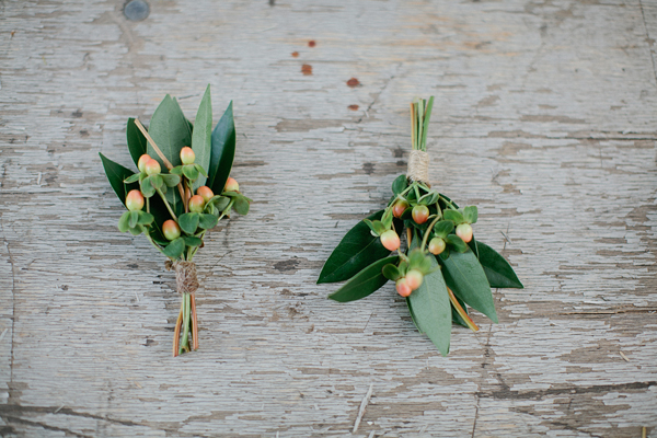 Flowers & Decor, Real Weddings, green, Boutonnieres, Desert, rustic romance