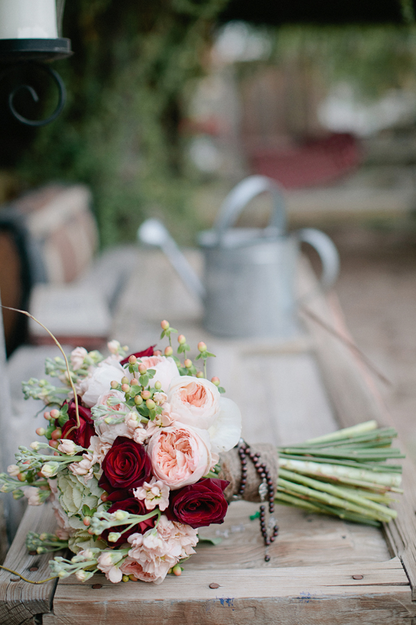 Flowers & Decor, Real Weddings, pink, red, Bride Bouquets, bridal bouquet, Desert, Crimson, Garden roses, Bridal Bouquets, rustic romance