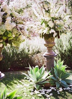Flowers & Decor, Real Weddings, Wedding Style, green, Ceremony Flowers, West Coast Real Weddings, Vineyard Real Weddings, Vineyard Weddings, Summer Wedding Flowers & Decor, Vineyard Wedding Flowers & Decor