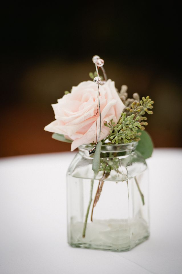 Flowers & Decor, Real Weddings, Wedding Style, Centerpieces, Spring Weddings, Classic Real Weddings, Spring Real Weddings, Classic Weddings, Spring Wedding Flowers & Decor, Pastel, preppy weddings, preppy real weddings