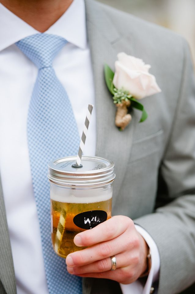 Flowers & Decor, Real Weddings, Wedding Style, Boutonnieres, Spring Weddings, Classic Real Weddings, Spring Real Weddings, Classic Weddings, Cocktails, Pastel, Food & Drink, preppy weddings, preppy real weddings