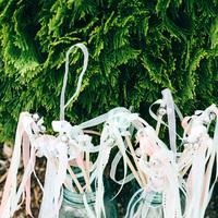 Flowers & Decor, Real Weddings, Wedding Style, Southern Real Weddings, Summer Weddings, Summer Real Weddings, Spring Wedding Flowers & Decor, Streamers, Pastel, preppy weddings, preppy real weddings
