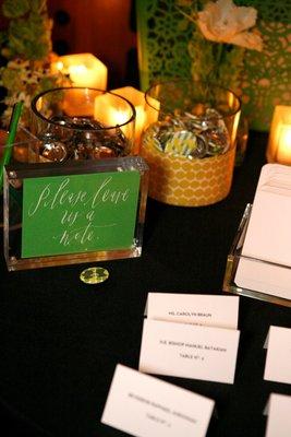Flowers & Decor, Real Weddings, Wedding Style, green, Guestbooks, Spring Weddings, City Real Weddings, Spring Real Weddings, City Weddings, Modern Wedding Flowers & Decor
