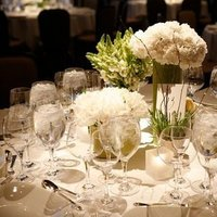 Flowers & Decor, Real Weddings, Wedding Style, white, Tables & Seating, Spring Weddings, City Real Weddings, Spring Real Weddings, City Weddings, Classic Wedding Flowers & Decor