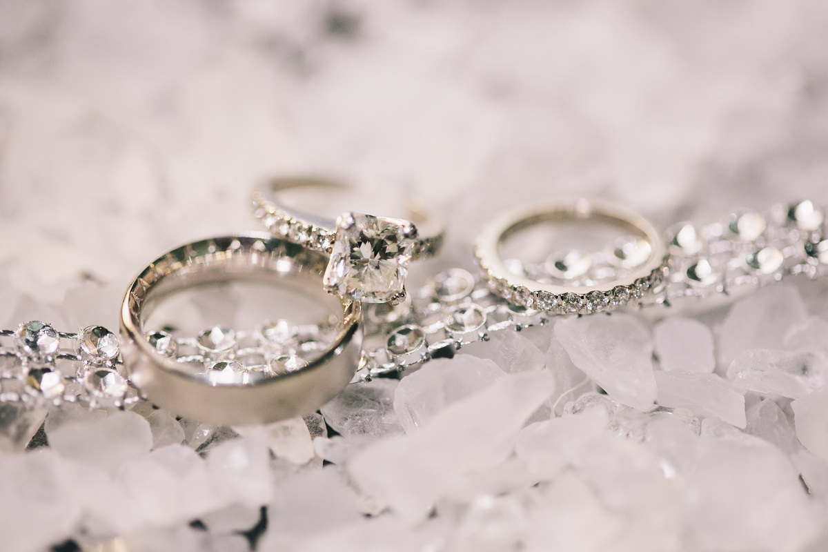 Jewelry, Real Weddings, Wedding Style, red, Engagement Rings, Wedding Bands, Wedding Rings, Fall Weddings, West Coast Real Weddings, Fall Real Weddings, Engagement ring, Crimson, West Coast Weddings, Romantic Real Weddings, Glamorous Real Weddings, Glamorous Weddings, Romantic Real Wedding