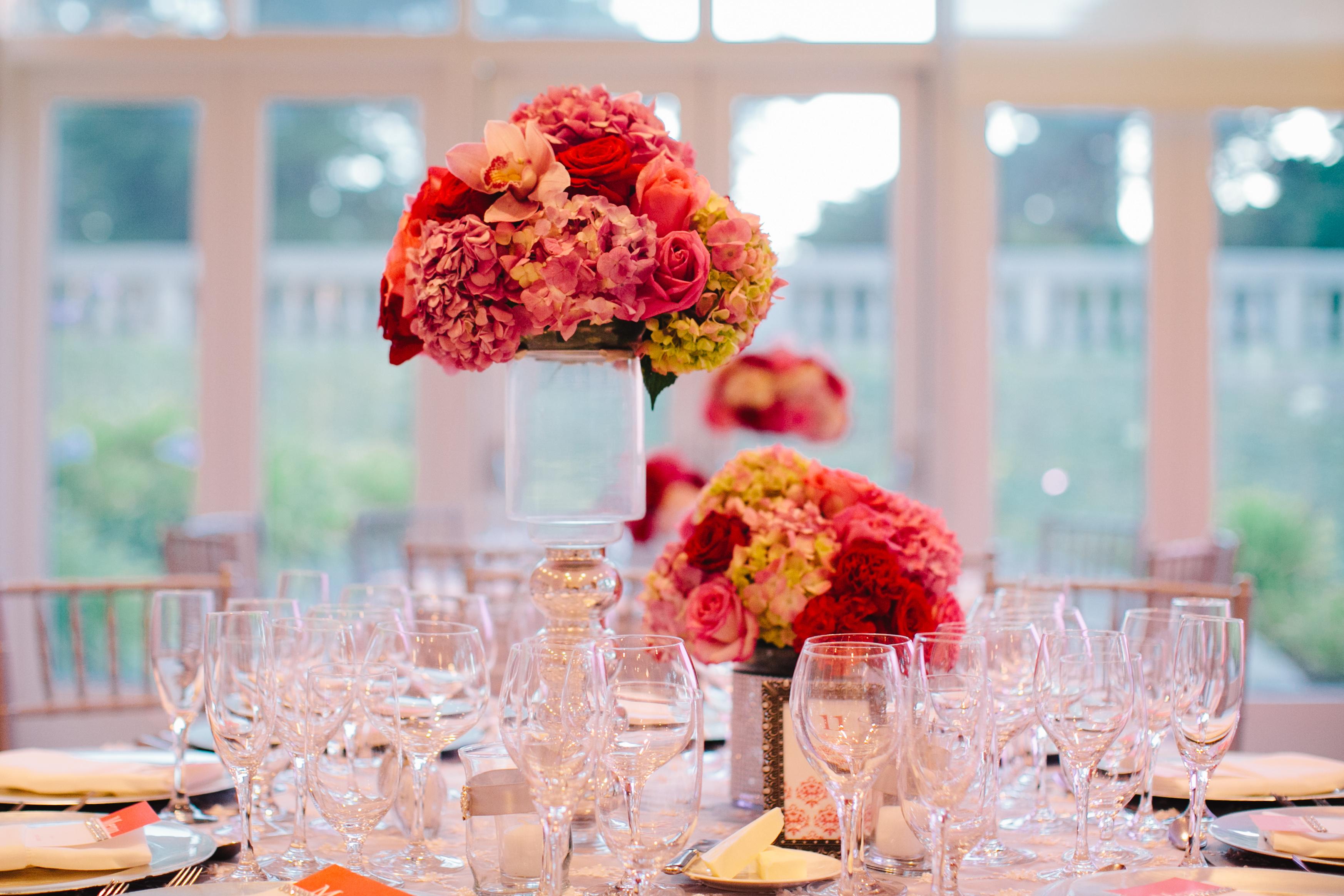 Reception, Flowers & Decor, Real Weddings, Wedding Style, red, Centerpieces, Fall Weddings, West Coast Real Weddings, Fall Real Weddings, Crimson, West Coast Weddings, Romantic Real Weddings, Glamorous Real Weddings, Glamorous Weddings, Romantic Real Wedding