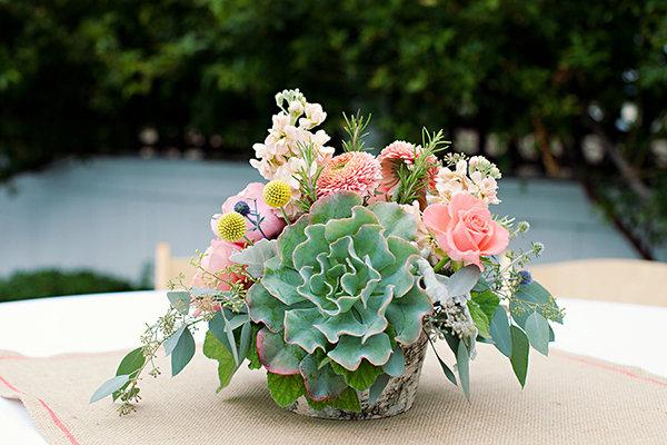 Flowers & Decor, Real Weddings, Wedding Style, green, Centerpieces, Summer Weddings, West Coast Real Weddings, Summer Real Weddings, Summer Wedding Flowers & Decor