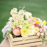 Flowers & Decor, Real Weddings, Wedding Style, Centerpieces, Summer Weddings, West Coast Real Weddings, Summer Real Weddings, Pastel, preppy weddings, preppy real weddings