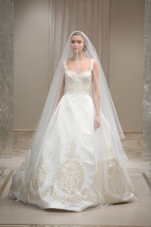 Wedding Dresses, Sweetheart Wedding Dresses, Ball Gown Wedding Dresses, Fashion, ivory, gold, Classic, Sweetheart, Natural waist, Glamorous, Tulle, Embroidery, Tank, Sleeveless, Reem acra, Ball gown, chapel train, floor length, Classic Wedding Dresses, tulle wedding dresses