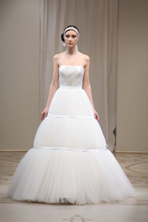 Wedding Dresses, Ball Gown Wedding Dresses, Fashion, ivory, Modern, Strapless, Strapless Wedding Dresses, Natural waist, Tulle, Satin, Embroidery, Ribbons, Sashes, Silk, Reem acra, Ball gown, floor length, Modern Wedding Dresses, tulle wedding dresses, satin wedding dresses, Silk Wedding Dresses