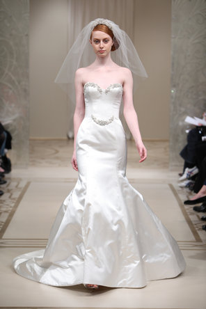 Wedding Dresses, Sweetheart Wedding Dresses, Fashion, ivory, Classic, Mermaid, Sweetheart, Glamorous, Satin, Embroidery, Chapel, Silk, Reem acra, floor length, Classic Wedding Dresses, satin wedding dresses, Silk Wedding Dresses