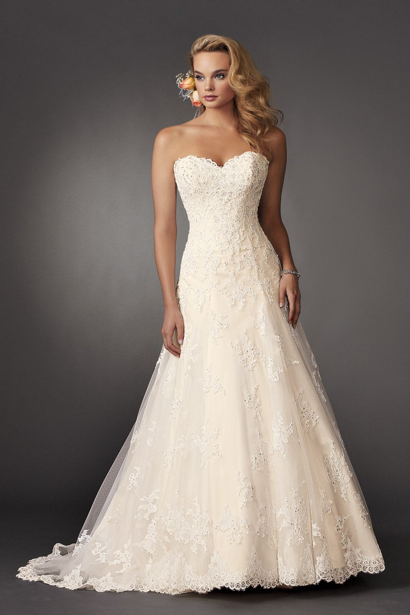 Wedding Dresses, Sweetheart Wedding Dresses, A-line Wedding Dresses, Lace Wedding Dresses, Vintage Wedding Dresses, Fashion, ivory, Summer, Vintage, Classic, Vineyard, Lace, Sweetheart, Strapless, Strapless Wedding Dresses, A-line, Beading, Floor, Ballroom, Reflections by jordan, historic site, Beaded Wedding Dresses, Classic Wedding Dresses, Summer Wedding Dresses, Floor Wedding Dresses