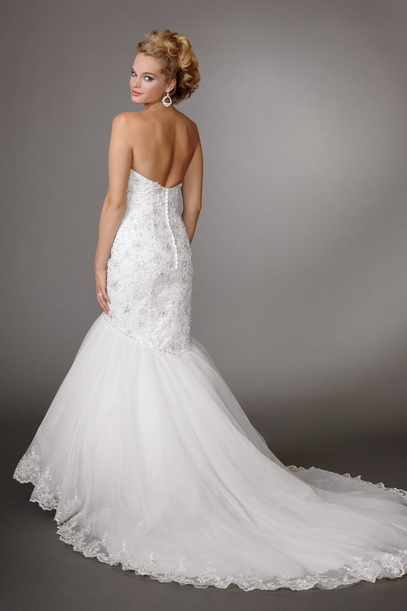 Wedding Dresses, Sweetheart Wedding Dresses, Mermaid Wedding Dresses, Lace Wedding Dresses, Romantic Wedding Dresses, Fashion, white, Summer, Romantic, Lace, Sweetheart, Strapless, Strapless Wedding Dresses, Beading, Floor, Formal, Country, Ballroom, Reflections by jordan, Mermaid/Trumpet, historic site, Beaded Wedding Dresses, trumpet wedding dresses, Formal Wedding Dresses, Summer Wedding Dresses, Floor Wedding Dresses