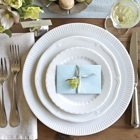 Registry, Dining Registry Gifts, Entertaining Registry Gifts, Kitchen Registry Gifts, Place Settings, Williams-Sonoma Wedding Registry, Williams-Sonoma