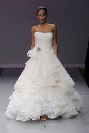 Wedding Dresses, Sweetheart Wedding Dresses, Ball Gown Wedding Dresses, Ruffled Wedding Dresses, Fashion, Sweetheart, Elegant, Glamorous, Rivini, Organza, Ruffles, Ball gown, floor length, court train, organza wedding dresses