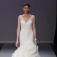 Wedding Dresses, Ruffled Wedding Dresses, Fashion, Feathers, Mermaid, V-neck, V-neck Wedding Dresses, Glamorous, Rivini, Chapel, Organza, Ruffles, Tank, Dropped, floor length, organza wedding dresses, romnatic, Feather Wedding Dresses
