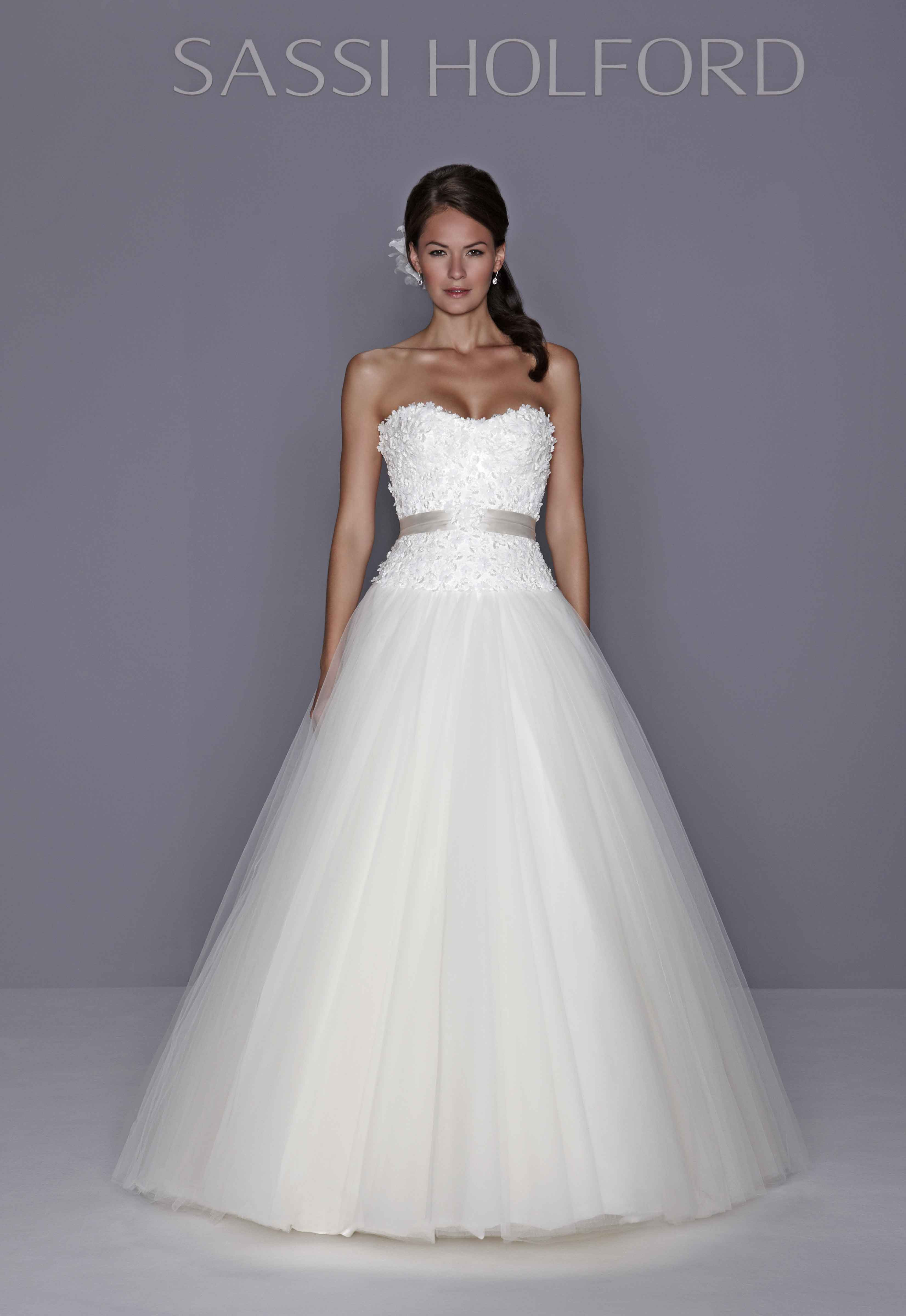 Wedding Dresses, Sweetheart Wedding Dresses, Ball Gown Wedding Dresses, Fashion, Sweetheart, Strapless, Strapless Wedding Dresses, Princess, Fit and flare, Ribbon, Belt, Tulle, Sassi holford, Ball gown, embellished bodice, Ball gown skirt, tulle wedding dresses