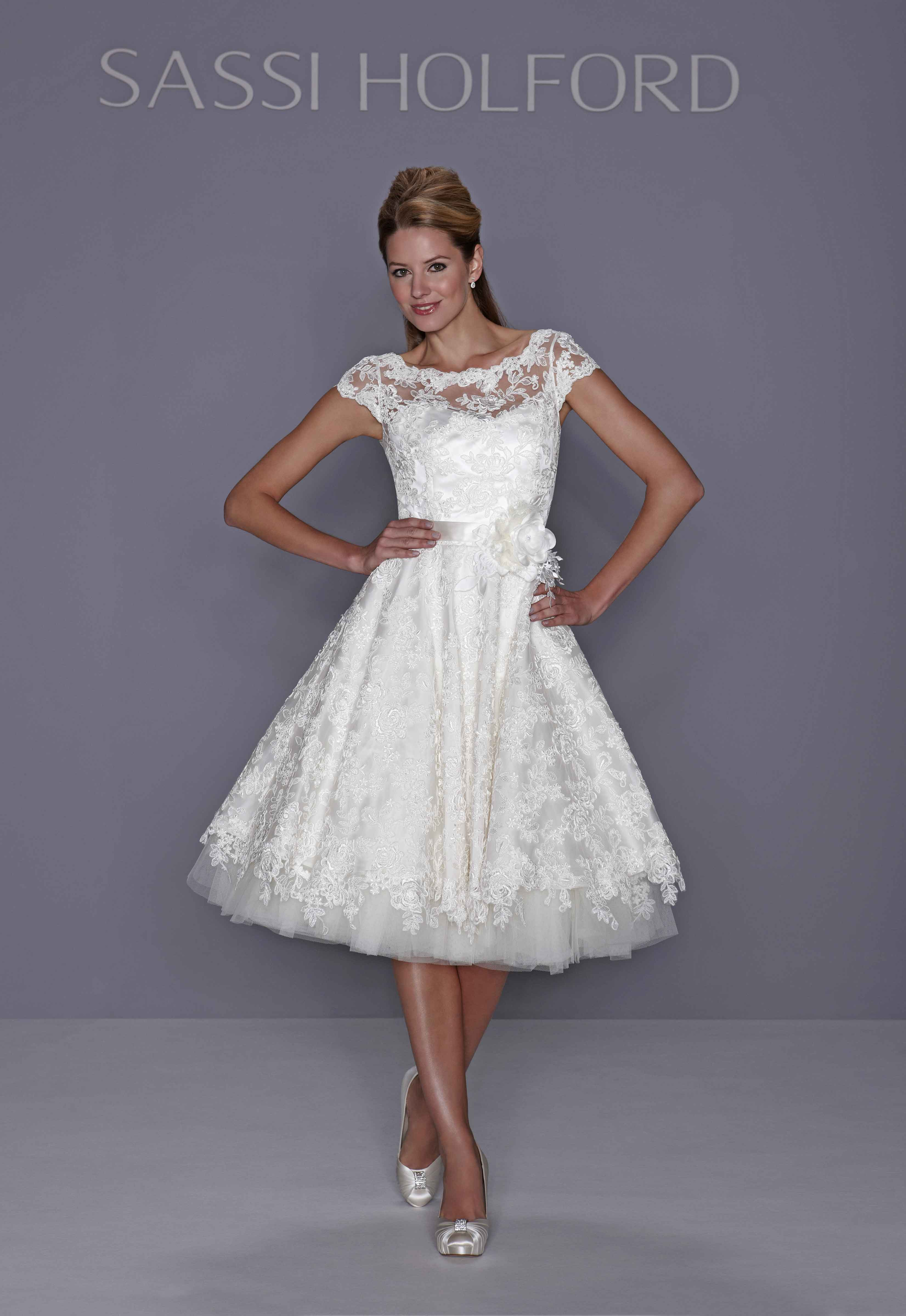 Wedding Dresses, Sweetheart Wedding Dresses, Lace Wedding Dresses, Fashion, Classic, Fun, Lace, Sweetheart, Short, Belt, Tulle, Sassi holford, Full skirt, Reception dress, Short Wedding Dresses, Classic Wedding Dresses, lace sleeves, tulle wedding dresses