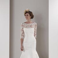 Wedding Dresses, Lace Wedding Dresses, Romantic Wedding Dresses, Fashion, Romantic, Lace, Fit and flare, Sassi holford, trumpet skirt, lace sleeves