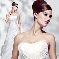 Wedding Dresses, Sweetheart Wedding Dresses, A-line Wedding Dresses, Fashion, Sweetheart, Strapless, Strapless Wedding Dresses, A-line, Ruching, Simone carvalli, chapel train, pleated bodice, silk taffeta