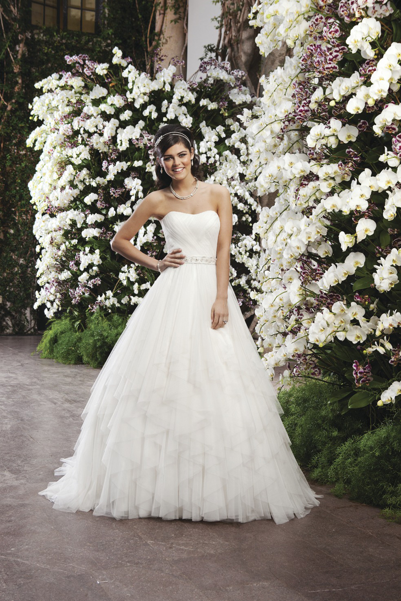 Wedding Dresses, Sweetheart Wedding Dresses, Ball Gown Wedding Dresses, Fashion, Sweetheart, Strapless, Strapless Wedding Dresses, Natural waist, Tulle, Sincerity, Ball gown, Beaded belt, chapel train, layered skirt, tulle wedding dresses