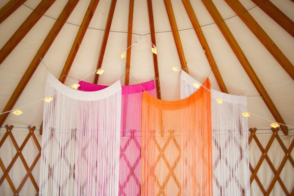 Flowers & Decor, orange, pink, Lighting, Summer Weddings, Boho Chic Weddings, Rustic Weddings, Summer Wedding Flowers & Decor, Boho Chic Wedding Flowers & Decor