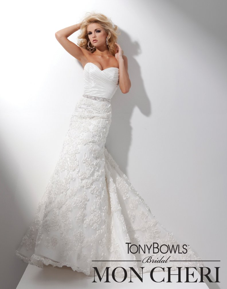 Wedding Dresses, Fashion, Strapless, Strapless Wedding Dresses, Buttons, Organza, Taffeta, Ruched, A-line gown, chapel train, ruched bodice, organza wedding dresses, taffeta wedding dresses, organza skirt, tony bowls bridal, tony bowls bridal for mon cheri, sweet heart, hand-beaded, jeweled waistline, ribbon motif, optional straps