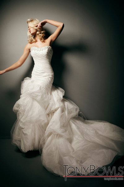 Wedding Dresses, Ball Gown Wedding Dresses, Fashion, Strapless, Strapless Wedding Dresses, Tiered, Tulle, Taffeta, Ball gown, chapel train, ruched bodice, laced up back, taffeta wedding dresses, curved neckline, tulle wedding dresses, tony bowls bridal, tony bowls bridal for mon cheri, optional straps, bubble hemline