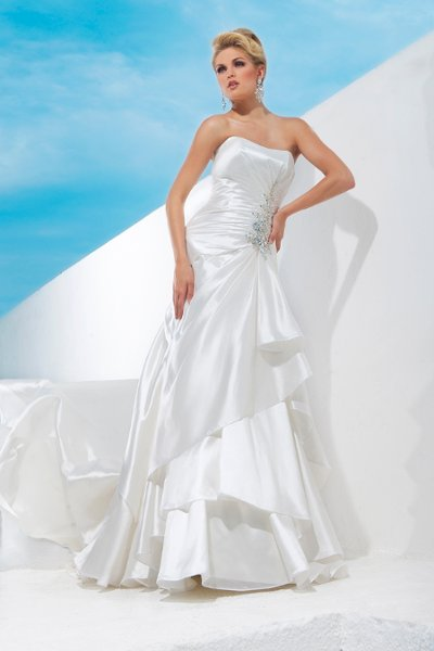 Wedding Dresses, Fashion, Strapless, Strapless Wedding Dresses, Buttons, Crystal, Organza, A-line gown, chapel train, draped bodice, tiered skirt, organza wedding dresses, curved neckline, dropped waistline, tony bowls bridal, tony bowls bridal for mon cheri, optional straps