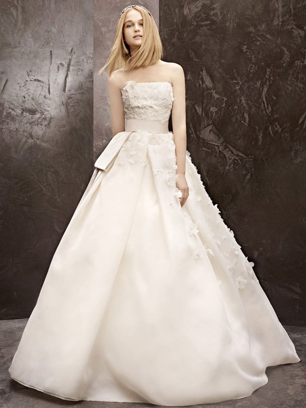 Wedding Dresses, Ball Gown Wedding Dresses, Fashion, ivory, Flowers, Vera wang, Strapless, Strapless Wedding Dresses, Beading, Satin, Floor, Organza, Ball gown, White by vera wang, Beaded Wedding Dresses, organza wedding dresses, satin wedding dresses, Flower Wedding Dresses, Floor Wedding Dresses