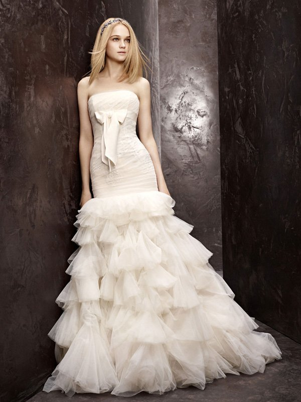 Wedding Dresses, Mermaid Wedding Dresses, Ruffled Wedding Dresses, Lace Wedding Dresses, Fashion, ivory, Mermaid, Vera wang, Lace, Strapless, Strapless Wedding Dresses, Tulle, Trumpet, Floor, Ruffles, Ruching, White by vera wang, Fit-n-Flare, tulle wedding dresses, Floor Wedding Dresses