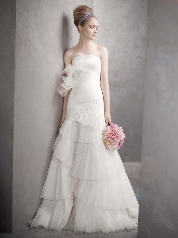 Wedding Dresses, Mermaid Wedding Dresses, Ruffled Wedding Dresses, Lace Wedding Dresses, Fashion, white, ivory, Mermaid, Vera wang, Lace, Strapless, Strapless Wedding Dresses, Trumpet, Satin, Floor, Organza, Ruffles, Pleats, White by vera wang, Fit-n-Flare, organza wedding dresses, satin wedding dresses, Floor Wedding Dresses