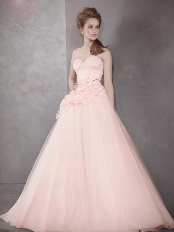 Wedding Dresses, Sweetheart Wedding Dresses, Ball Gown Wedding Dresses, Romantic Wedding Dresses, Fashion, white, ivory, pink, Spring, Modern, Classic, Vera wang, Romantic, Sweetheart, Strapless, Strapless Wedding Dresses, Tulle, Satin, Floor, Natural, Sleeveless, Ball gown, White by vera wang, Modern Wedding Dresses, Spring Wedding Dresses, Classic Wedding Dresses, tulle wedding dresses, satin wedding dresses, Floor Wedding Dresses