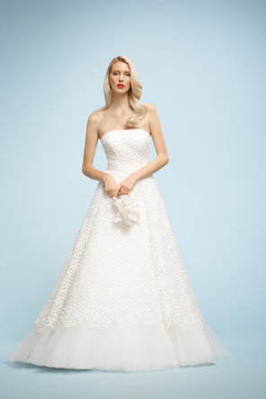 Wedding Dresses, Fashion, ivory, Strapless, Strapless Wedding Dresses, Tulle, Ribbons, Sashes, Sleeveless, Watters bridal, floor length, sweep train, tulle wedding dresses