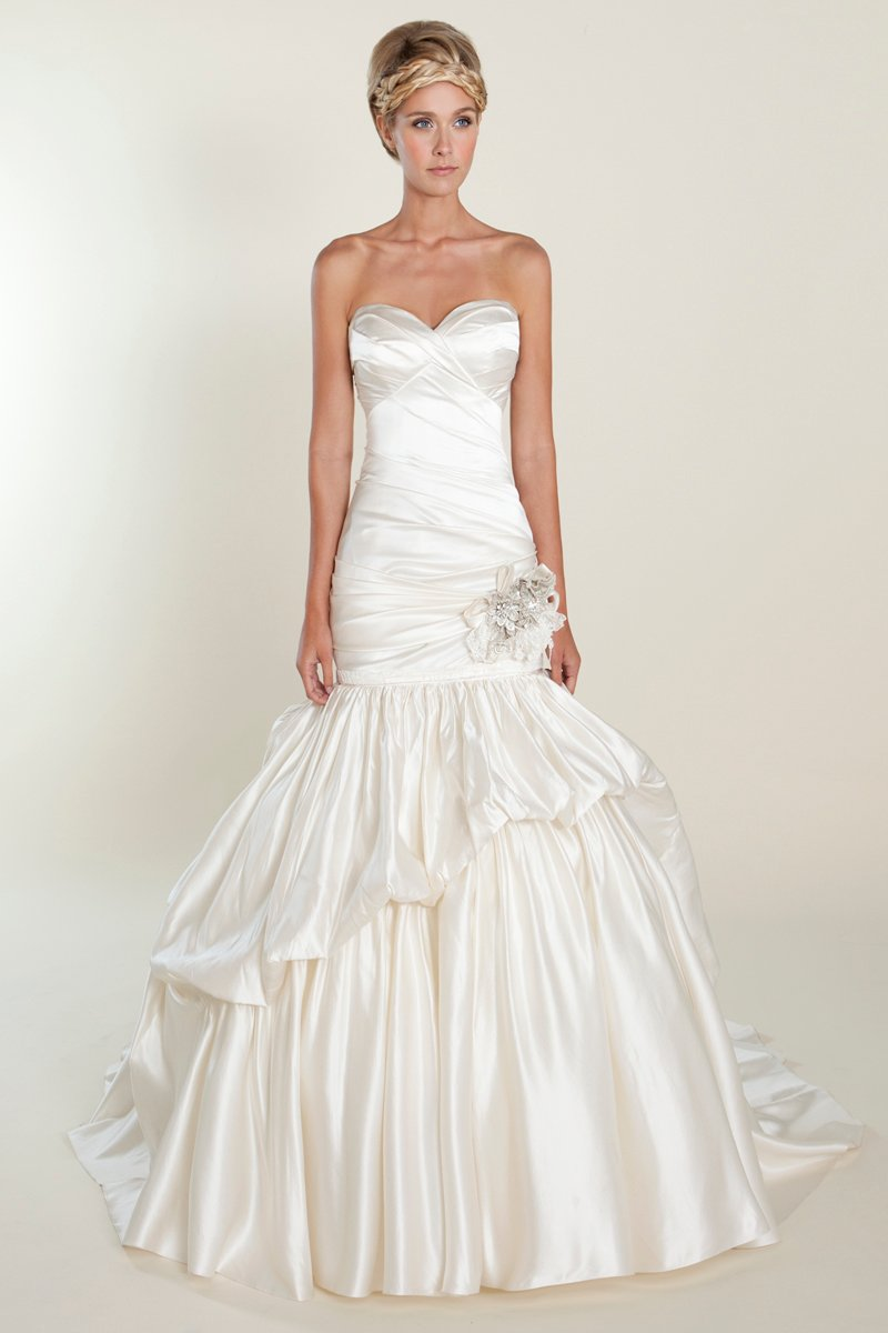 Wedding Dresses, Sweetheart Wedding Dresses, Ball Gown Wedding Dresses, Ruffled Wedding Dresses, Romantic Wedding Dresses, Hollywood Glam Wedding Dresses, Fashion, white, ivory, Winter, Flowers, Romantic, Sweetheart, Strapless, Strapless Wedding Dresses, Floor, Silk, Ruffles, Tiers, Dropped, Sleeveless, Ball gown, Avant-Garde, hollywood glam, Winnie Chlomin Diamond Label, winter wedding dresses, Flower Wedding Dresses, Silk Wedding Dresses, Floor Wedding Dresses, Tiered Wedding Dresses